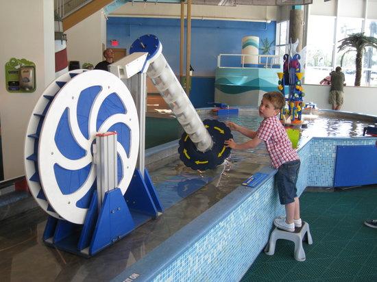 Glazer Children's Museum: Water Area