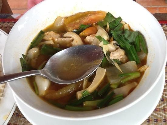 Nary Kitchen: tomyan chicken