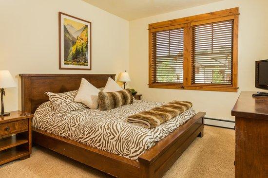 EagleRidge Townhomes: EagleRidge Townhome Bedroom