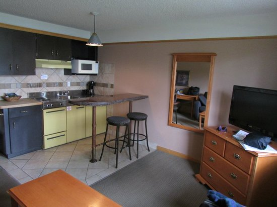 Best Western Jasper Inn & Suites: Kitchenette