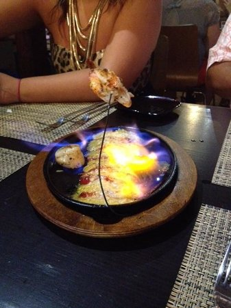Fire Grill Steak House & Lounge Bar: Flaming Appetizer
