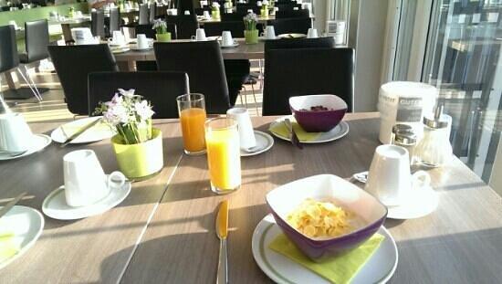 Hotel Demas City: breakfast area/room