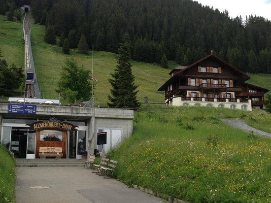 Hotel Blumental Murren: Right out the back door, funicular which takes you up to a restaurant and plenty of hiking trail