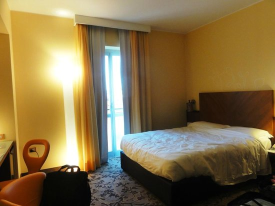 UNA Hotel Mediterraneo: la stanza