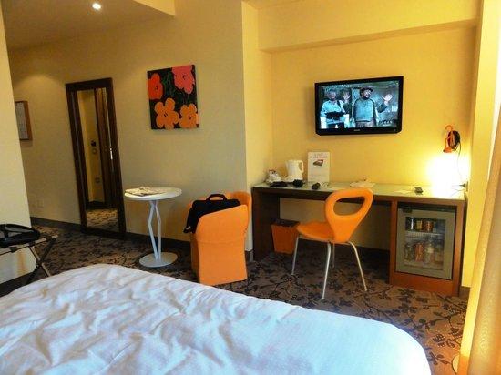 UNA Hotel Mediterraneo : La stanza