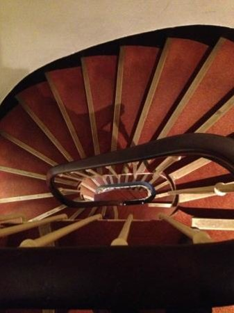 Hotel Marignan: Vista de cima das escadas