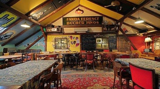 Trapez Pub