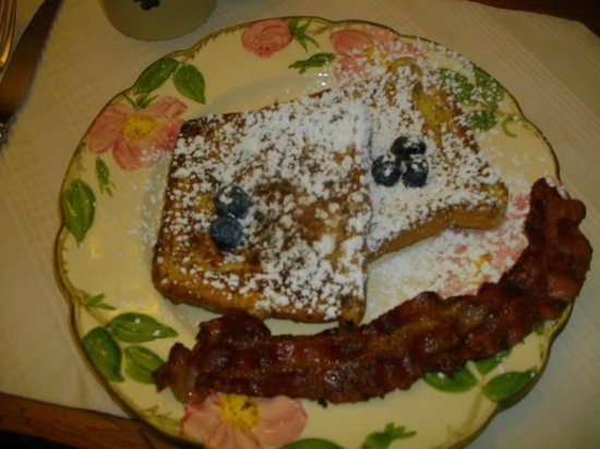 Holly Thorn House: Denise's Famous French Toast
