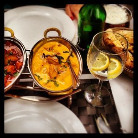 Okra: chicken vindaloo & shahi chicken korma
