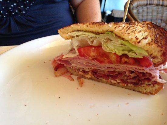 Carnitas' Snack Shack: The BLT