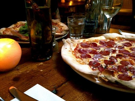 Grappa Bar: Delicious stonebaked pizzas