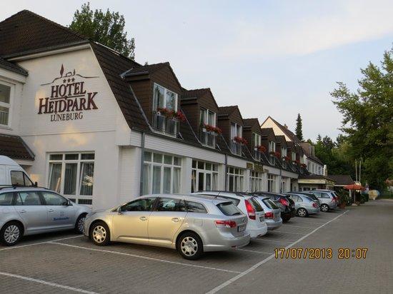 Hotel Heidpark: ca 40 værelser. 3 * hotel, men burde være 4