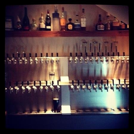 Trata: beer taps! what a selection!
