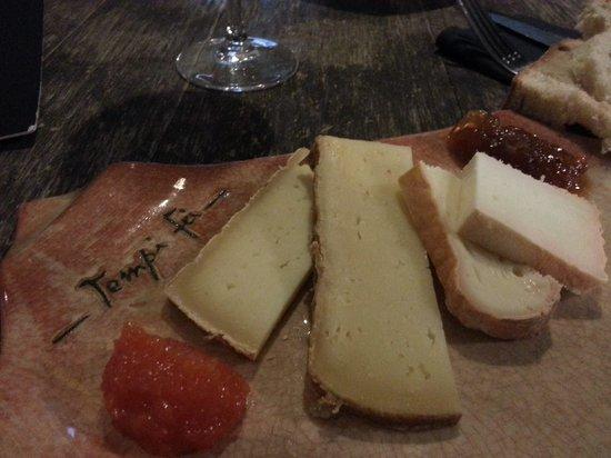 Tempi-Fa : l'assiette de fromage (env. 10€)