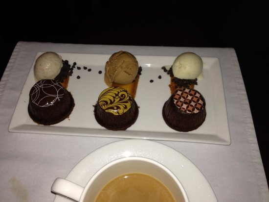 Harry Waugh Dessert Room at Bern's Steak House: Sampler