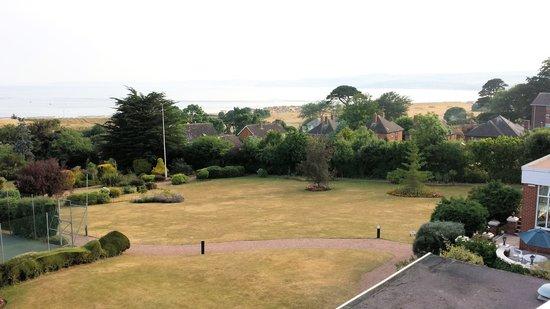 Devoncourt Resort & Apartments : Vue sur le jardin 1