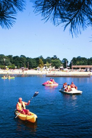 Beachcomber Camping Resort: Kayak Rentals