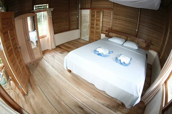 Bunaken Divers - Sea Breeze Dive Resort: Spacious bungalows