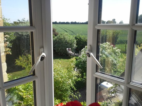 Taplins B&B: view from double room