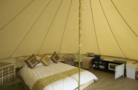 Machrihanish Holiday Park: bell tent
