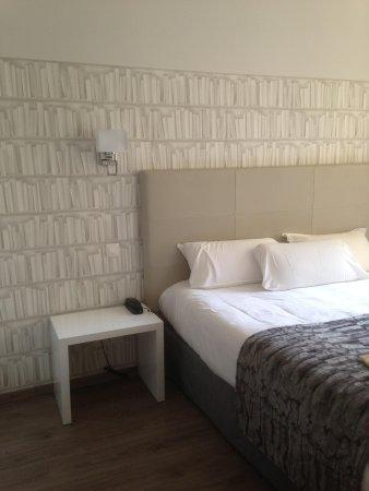 La Villa Nice Victor Hugo : Bedroom