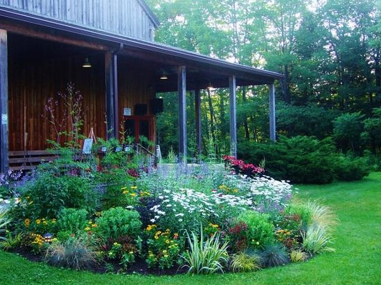 Jacob's Pillow : Landscaping is beautiful