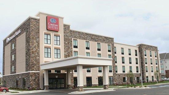 Comfort Suites Fargo