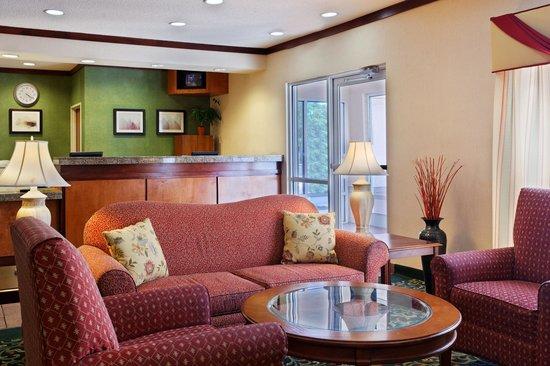 Fairfield Inn & Suites Austin South: Lobby
