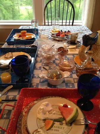 Josephine's Bed & Breakfast : frukosten