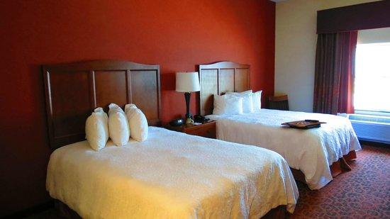 Hampton Inn Bangor: beds