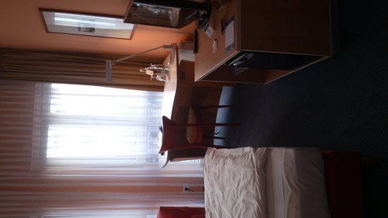 Welcome Hotel Marburg: Bedroom