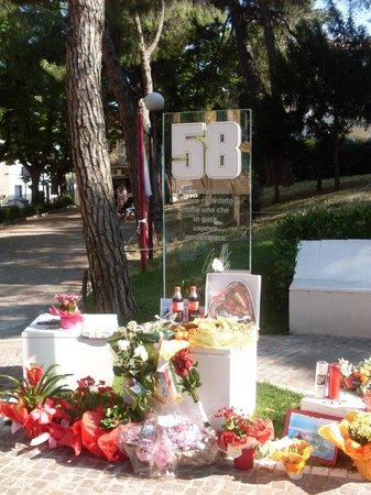 Coriano, Italia: Monumento n ricordo del Sic