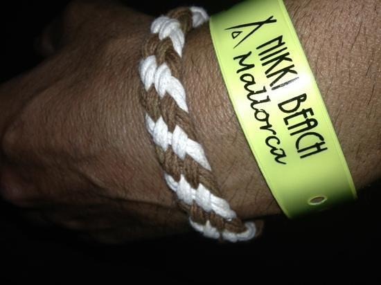 Nikki Beach Mallorca : party bracelet