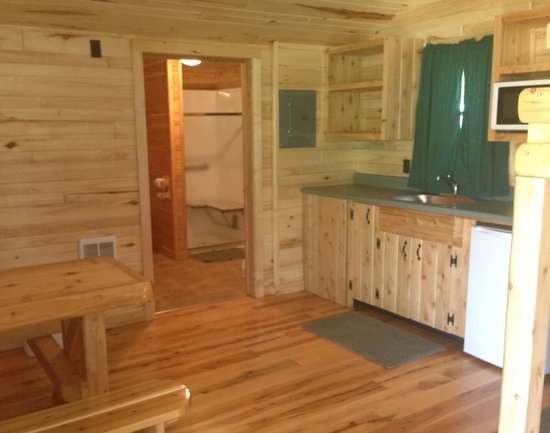 Mackinaw Mill Creek Campground: Looking Into The Cabin From The Door