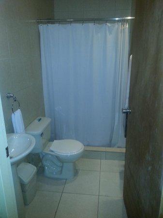 Malibu Hotel Aruba: Bathroom
