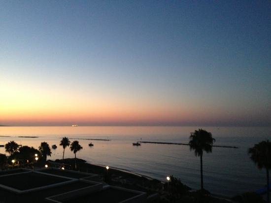 Atlantica Miramare Beach: Sunrise from our balcony, amazing.