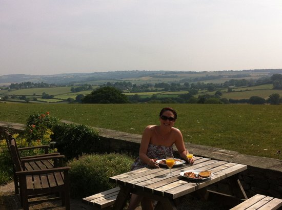 Symonds Yat Rock Lodge: Not a bad place to have a full english!