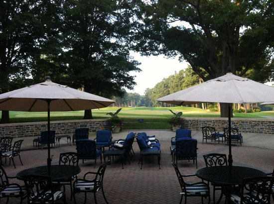 Washington Duke Inn & Golf Club: Morning coffee
