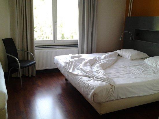 La Bergere Apartments : Chambre