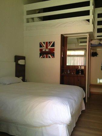 Ibis Styles Aix-en-Provence : spacious room