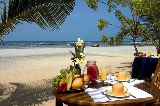 My Blue Hotel: Breakfast