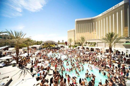 Daylight Beach Club Las Vegas 2020