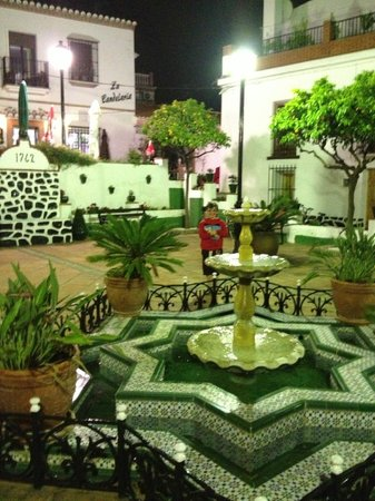 Lovely Plaza del las Flores outside El Arbol Insolito