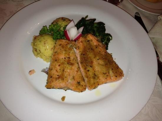 Carlo Magno: Ottimo cibo ben presentato