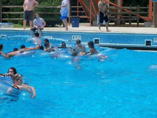 Wave Country: in the wave pool