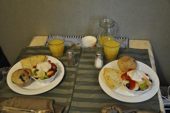 A White Jasmine Inn : Café da Manhã