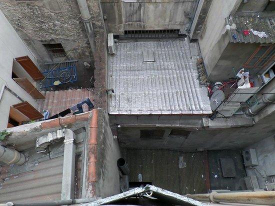 Hotel de Rome et St Pierre: View from Room 306