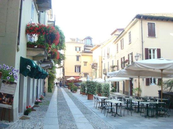 Locanda di Orta: view of piazza outside hotel