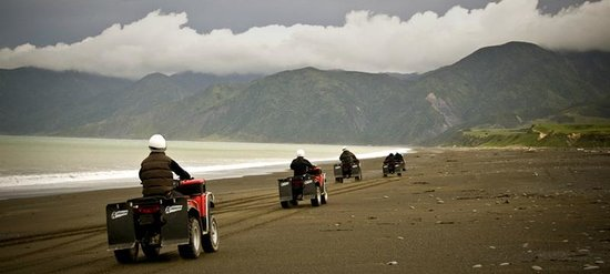 Featherston, New Zealand: Beach ATV Quad ride