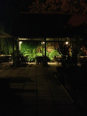 The Church Bar & Woodfired Pizza: Relaxing and nice outdoor